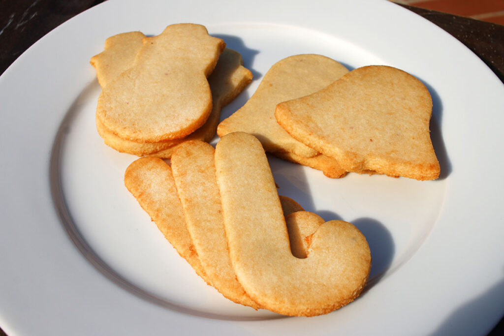 Low Carb Sugar Cookie Recipe by Highfalutin' Low Carb